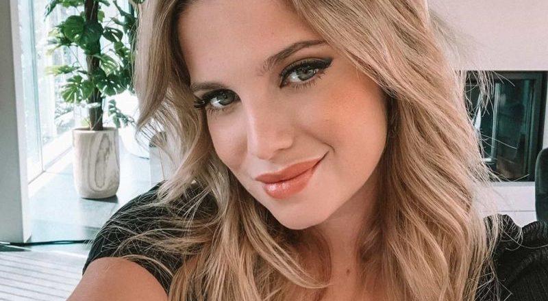Júlia Palha aquece redes sociais ao pousar em lingerie
